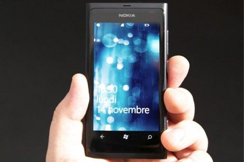Nokia%20Lumia%20800%20063