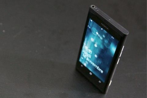 Nokia%20Lumia%20800%20065